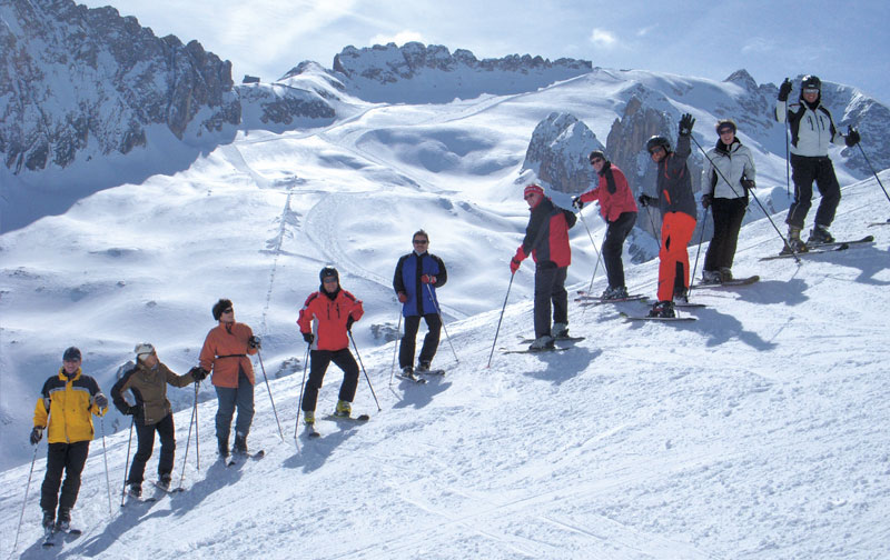 Skispass-in-den-Dolomiten
